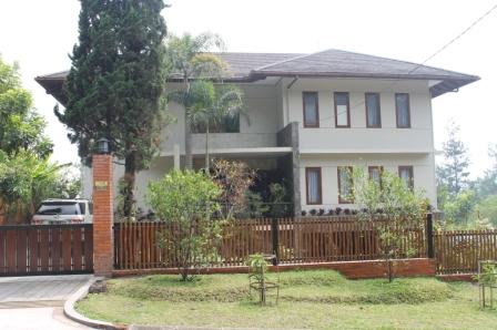 Villa Anjali Kampung Daun Lembang Bandung