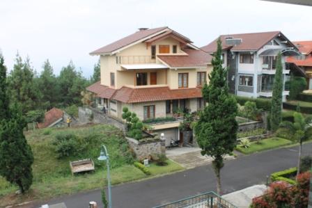 Villa Dekat Farmhouse Lembang Bandung