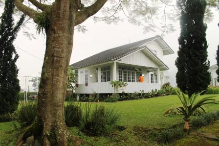 Villa Putih Blok C 2 no 1